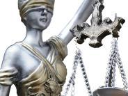 Prozeß am Amtsgericht: Opfer am Boden – Täter schlagen weiter