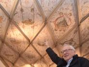 Dillingen: Er will die Emblemdecke im Rittersaal retten
