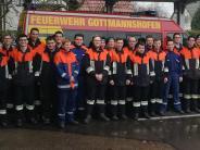 Prüfung: Feuerwehrnachwuchs zeigt sich