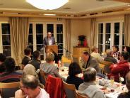 Politischer Aschermittwoch: Rote Rosen und die Liebe zur SPD