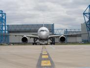Flugzeugbau: Airbus feiert A350-Premiere vor Luftfahrtschau