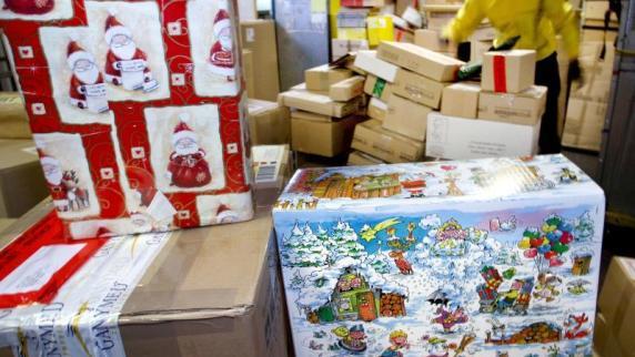 paketpost zu weihnachten weihnachtspost wann sie. Black Bedroom Furniture Sets. Home Design Ideas