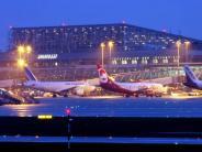Stuttgart: Bundeswehrjets zwingen Passagiermaschine zur Landung
