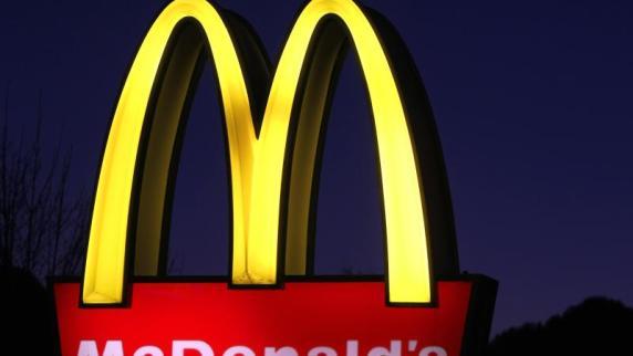 USA: Achtjähriger chauffiert kleine Schwester zu McDonald's