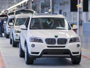 Auto: BMW mit ruckeligem Jahresstart