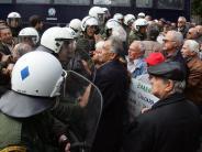 Finanzen: Mehr als 350 000 Griechen warten auf ihre Rente