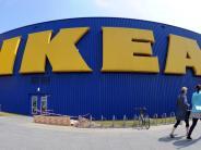 Möbelkonzern: Ikea fordert Schwangere auf: Pinkelt auf diese Katalogseite