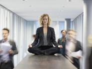 Gelassen durch den Joballtag: Was Achtsamkeit für den Beruf bringt