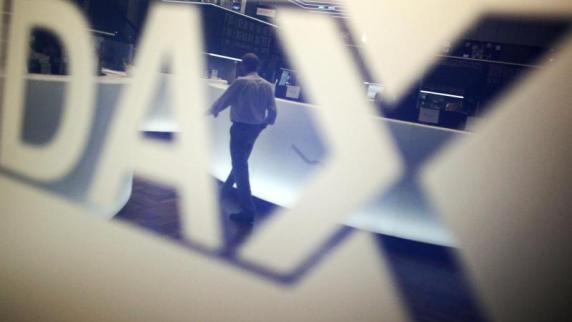 Aktien Frankfurt Eröffnung: Dax im Minus - 'Tauziehen zwischen Bullen und Bären'