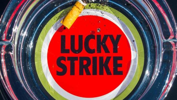Milliardendeal: Neuer Tabakgigant: Lucky Strike holt sich Camel