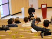 Länder in Vergleich: Nur noch Deutschland bietet gebührenfreie Hochschulbildung