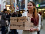 Konsum: Mode, Obst, Traktoren: Im Netz gibt es bald alles zu kaufen