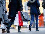 Konsumklima: Konjunktur hebt die Stimmung bei Verbrauchern