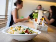 Augsburg: Essen gehen ist in Augsburg heute wichtiger als Party machen