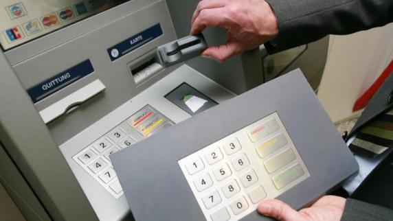 Deutlich mehr Datenklau an Geldautomaten