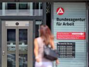 2,518 Millionen ohne Job: Juli-Arbeitslosigkeit trotz Sommerflaute auf Rekordtief