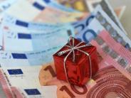 Um Kulanz bitten: Zollgebühren auf Geschenkpaket aus demAusland:Was tun?