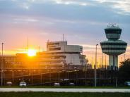 Berlin: Aus Versehen: LKA-Leibwächter schießt im Flughafen Tegel