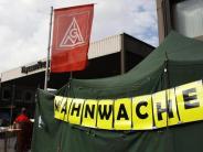 Protestdemo in Bochum: Thyssenkrupp-Stahlfusion bleibt umstritten