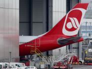 Insolvente Airline: Nach Aus der Fluggesellschaft: Air Berlin lässt Inventar versteigern