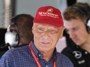 Porträt: Rennsport, Fliegerei, rote Kappe: Das ist Niki Lauda