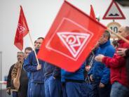Schwerpunkte in NRW und Bayern: 60 000 Metaller im Warnstreik