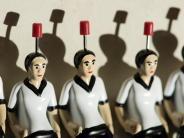 Spielehersteller: Tipp-Kick hofft auf Schub durch Fußball-WM