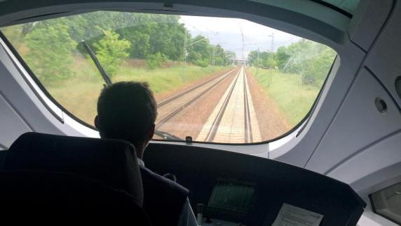 Bahn stellt 1.000 neue Lokführer ein