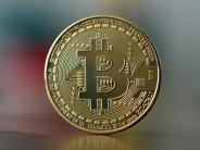 Kryptowährung: Bitcoin steigt über 10.000 US-Dollar