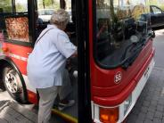 : Knapp bei Kasse: Wo klamme Senioren Hilfe bekommen