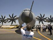 Flugzeugbau: Koalition setzt abgespeckte A400M-Lösung durch