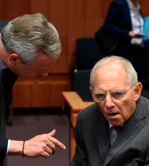 Bundesfinanzminister Schäuble fordert Abbau fauler Kredite bei Europas Banken